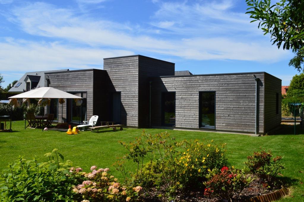 Maison en bois plain pied maison bois angers acb maison - Maison en bois plein pied ...