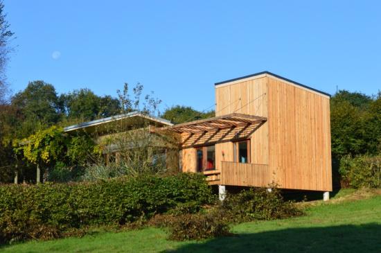 extension bois contemporaine sur pilotis quiberville djsl bois. Black Bedroom Furniture Sets. Home Design Ideas