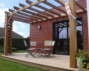 Terrasses et pergolas bois dieppe 76 djsl bois for Terrasse avec pergolas bois