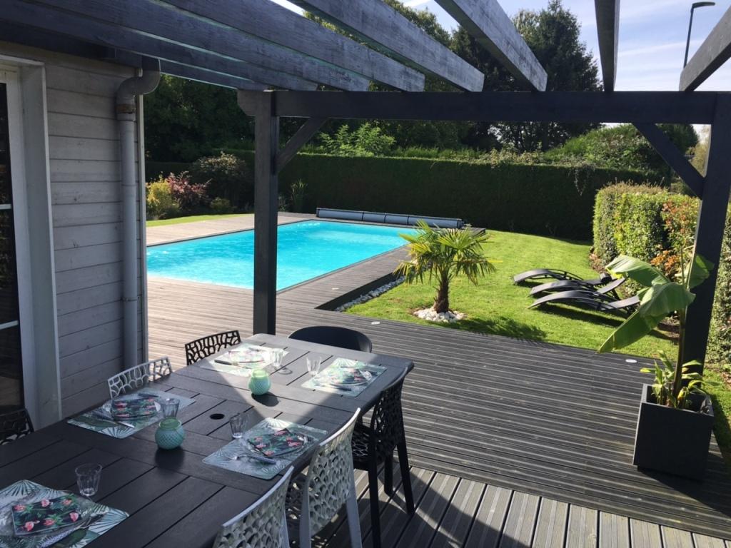 Terrasse En Bois Avec Pergola Et Piscine A Bierville 76750 Djsl Bois