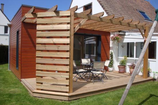 Terrasse Et Pergola En Sapin Marron Djsl Bois: faire une pergola en bois